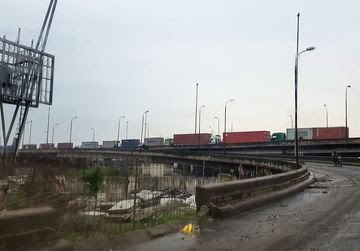 Bribes, Beatings and Gridlock at Ports Choke Nigeria's Economy